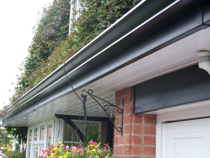 Derby roofline